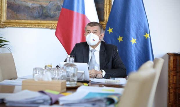 В Чехии раскритиковали власти за провокации против России