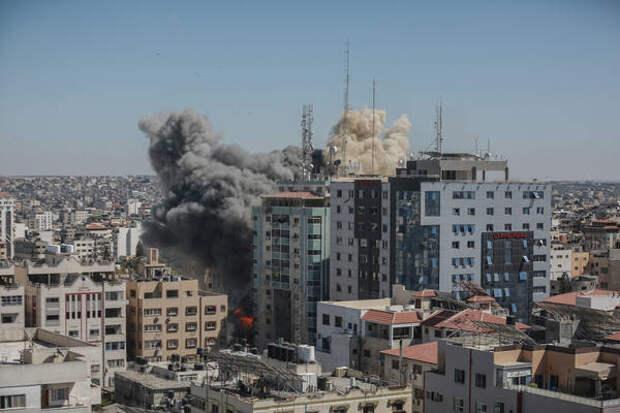 Сосновский просчитал конфликт с Израилем на четыре шага вперёд. О Палестине - ни слова
