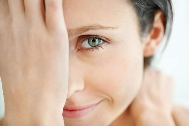 Чудодейственные маски для кожи вокруг глаз: 15 лучших рецептов
