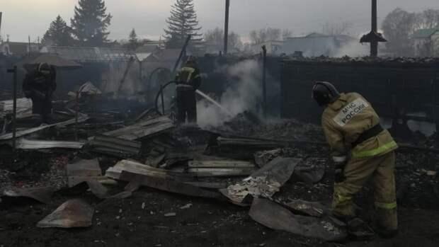 Тела двух детей нашли на месте пожара в Вышнем Волочке