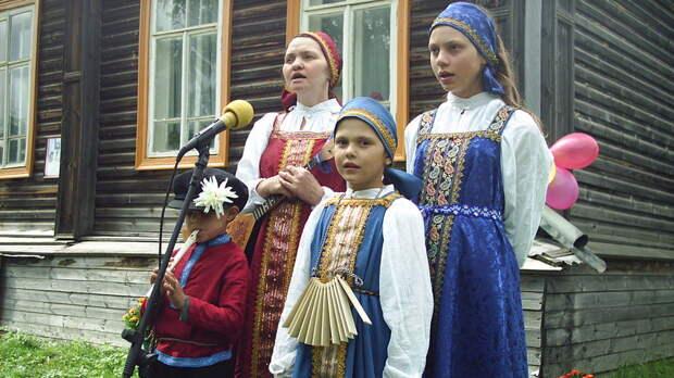 10 детей висимчанки Надежды Столовой