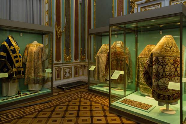 Малую церковь Зимнего дворца впервые представили после реставрации. Показываем фотографии