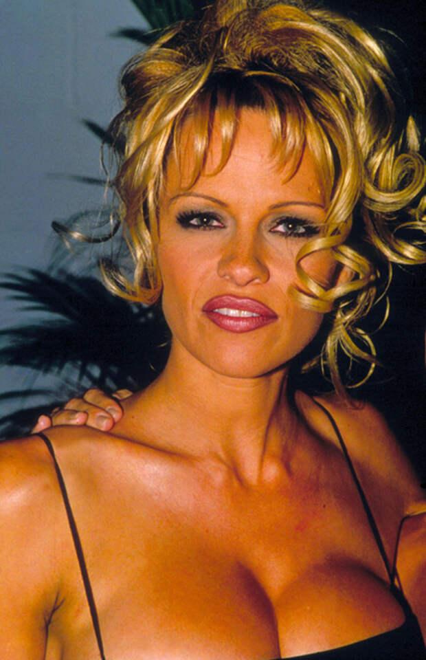 Первые красавицы 90-х. Хороши, как и 20 лет назад