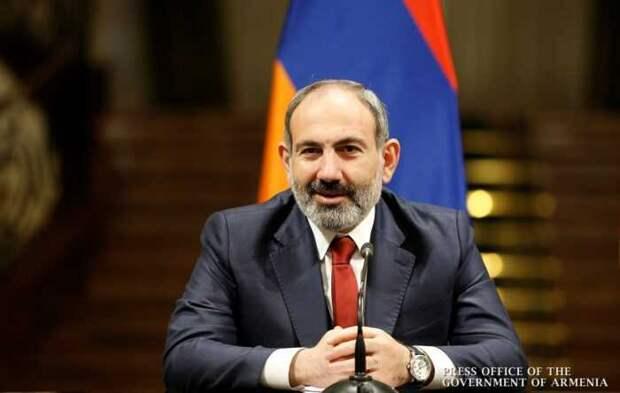 Пашинян рассказал о разгромной победе над Азербайджаном в Карабахе
