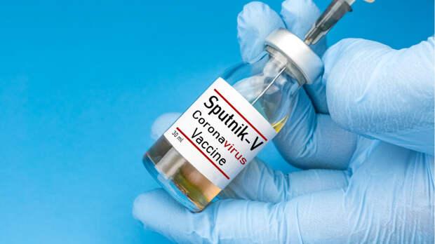 В Подмосковье сделать прививку от коронавируса теперь можно круглосуточно