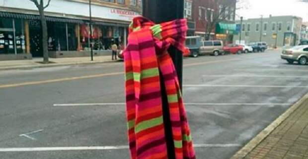 Если Вы увидели шарф, завязанный вокруг дерева, вот что это значит