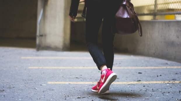 14 мелочей в образе, из-за которых девушка выглядит неопрятно