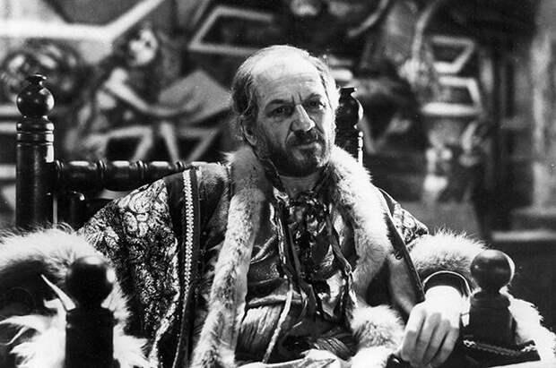 Лев Дуров на съёмках фильма «Сказка странствий», 1983 г.