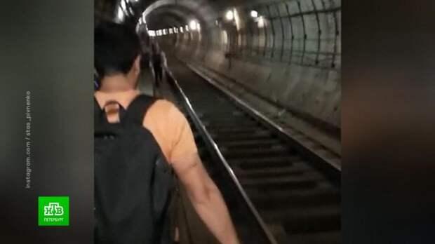 Петербуржец рассказал о пережитом коллапсе в метро