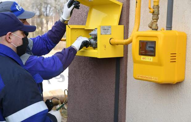 Игорь Руденя и Дмитрий Кобылкин ознакомились с ходом работ по присоединению домов к сетям газоснабжения в Торжокском районе