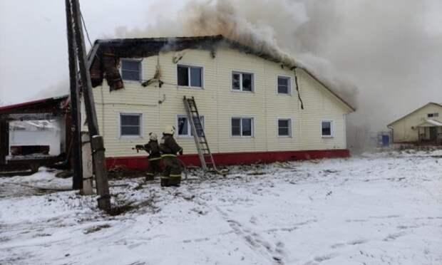В Шенкурске произошёл пожар в гостинице