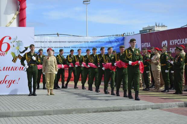 Акцию «Знамя Победы» провели военнослужащие ДВОКУ в Благовещенске