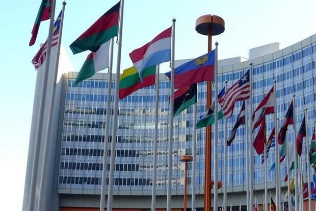 Зампостпреда РФ обвинил Запад в попытке переписать историю в угоду Украине