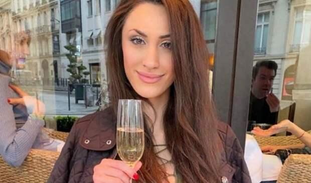 Анна Амбарцумян. Почему умерла известная скандалистка?