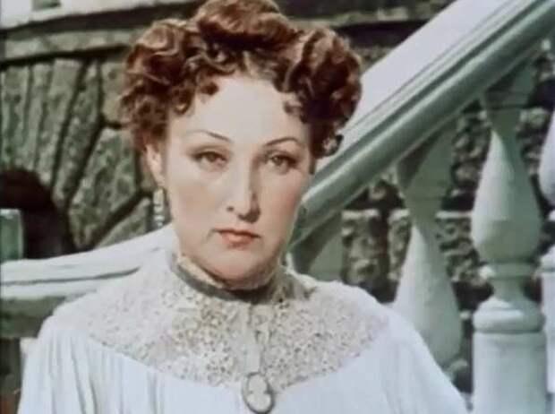 госпожа Обольянинова -  Белый пудель (1955)