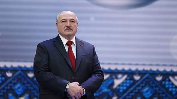 Президент Белоруссии получил верительные грамоты от нового посла России