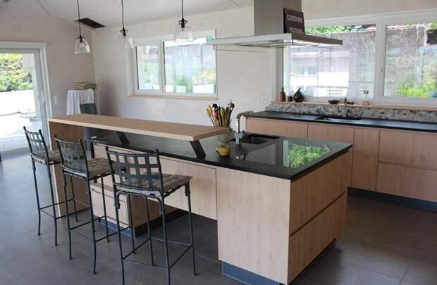 Барная стойка в зале квартиры: оригинальные идеи и варианты расположения (127 фото)