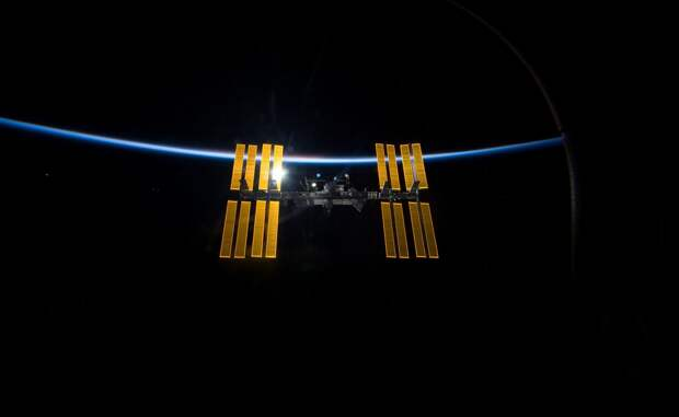 Космический развод: почему Россия покидает МКС?