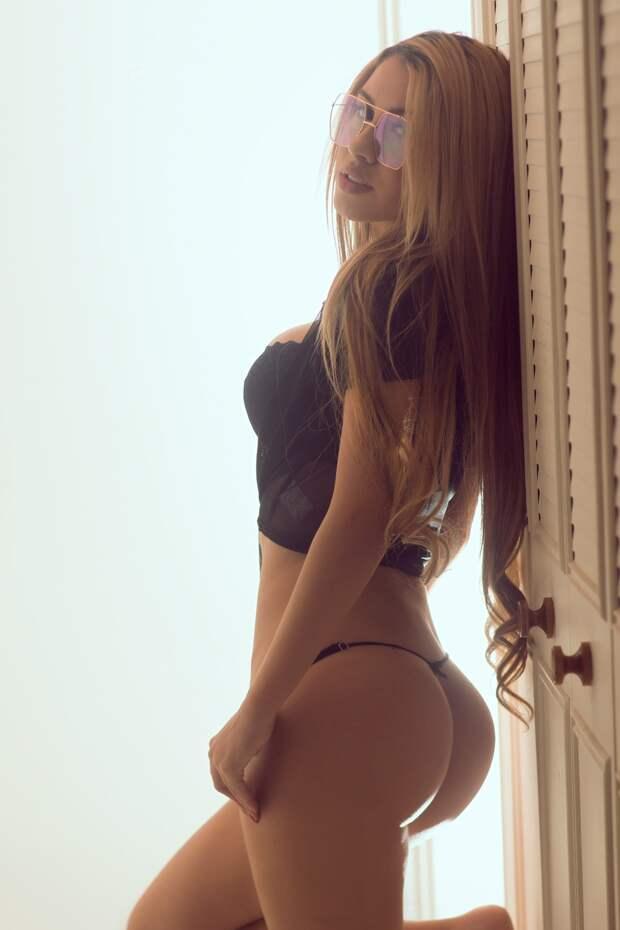 Чувственные фото девушек Оскара Букаралука