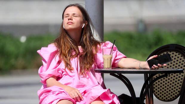 Побит рекорд XIX века: как москвичи переживают аномальную жару