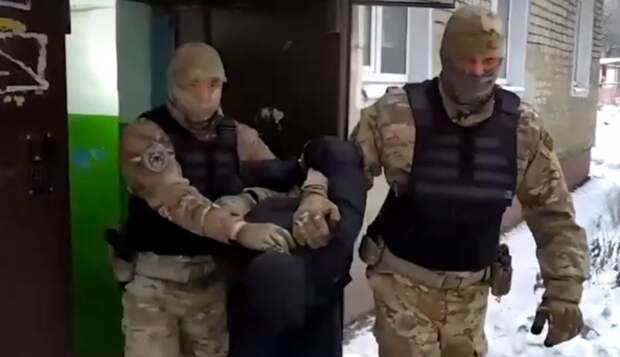 Cын-террорист из хорошей семьи: никуда не едет, но готов убивать