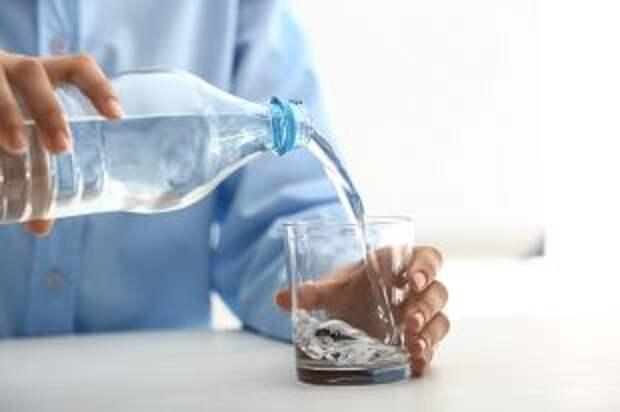 Какие нарушения выявили в упакованной питьевой воде?