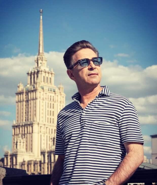Валерий Сюткин: «Быть отцом в моем возрасте хорошо, но ответственно»