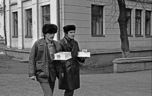16 снимков советской действительности, за которые авторов погнали с работы