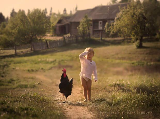 KidsWithAnimals02 Россиянка создает потрясающие фотографии своих детей с животными в деревне