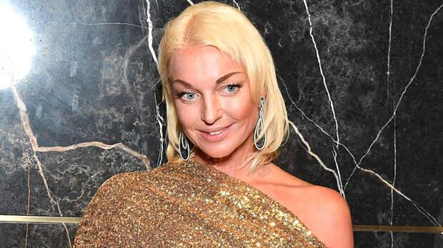 """Волочкова заявила, что Большой театр """"погряз в проституции"""""""