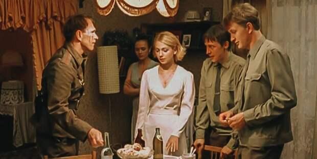 Кадр из сериала «Граница. Таежный роман», 2000