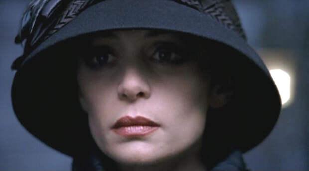 """Помните школьницу из """"Приключений Электроника"""" называвшую Чижикова Рыжиковым? Она выросла и стала известной Российской актрисой."""