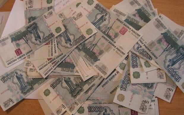 Прокуратура заставила фирму в Севастополе выплатить сотрудникам зарплату