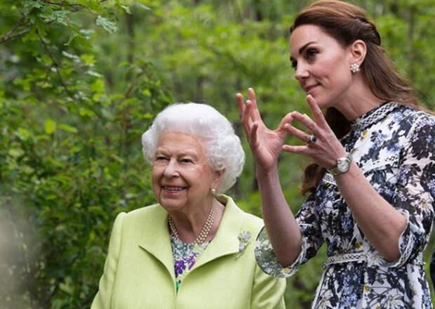 Супруга принца Уильяма представила свою новую фотокнигу