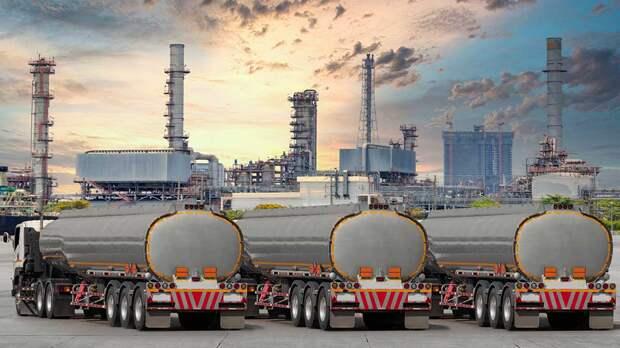 Условие для запрета на вывоз бензина назвали в Минэнерго