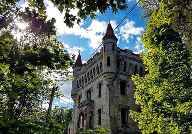 Путешествие во Владимир: шотландский замок, католический собор и средневековая кузня