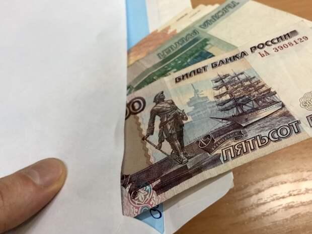 """Черные копатели или коррупционные схемы: кто виноват в разорении """"колпинского"""" захоронения"""