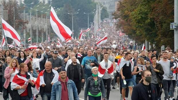 «Семья» Ельцина поддержала протесты в Беларуси