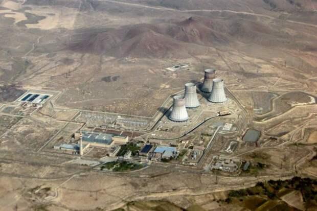 Азербайджан заявил о возможности ударить по армянской атомной станции