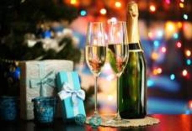 Как лечиться от похмелья в период новогодних праздников