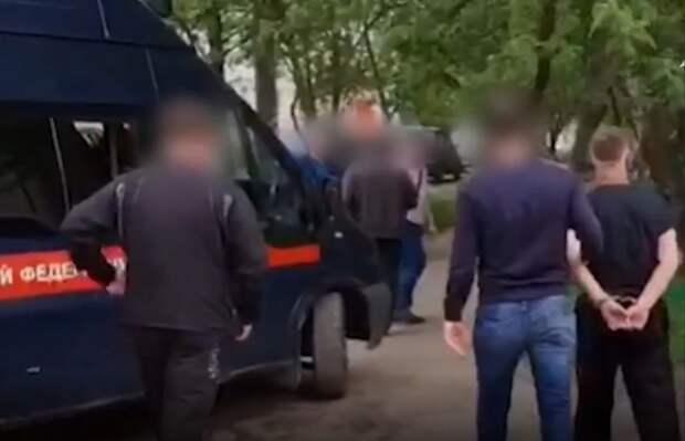 Опубликовано видео задержания подозреваемого в убийстве 12-летней девочки из поселка Большое Козино