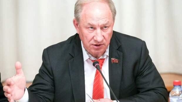 Хроники КПРФ: как депутат Рашкин подписал «смертный приговор» партии