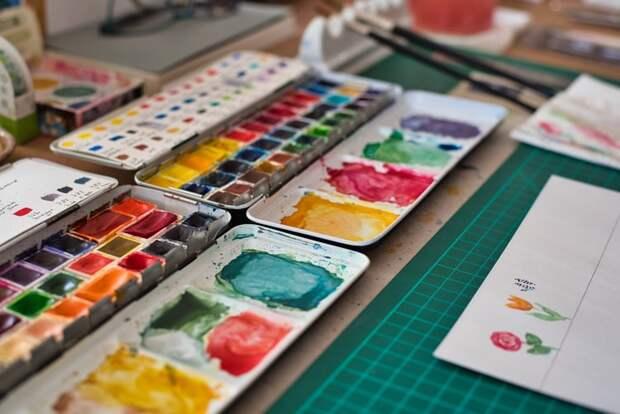 Центр «Огонек» на Зеленоградской подготовил мастер-класс по рисованию