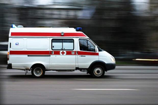 В Сочи таксист не уступил дорогу скорой помощи, ехавшей к ребенку