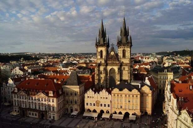 «Требуем объяснений»: Прага прокомментировала попадание в список недругов России