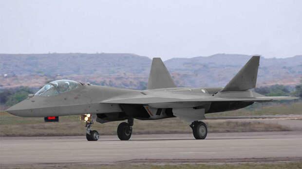 Су-57 появится в двухместном варианте