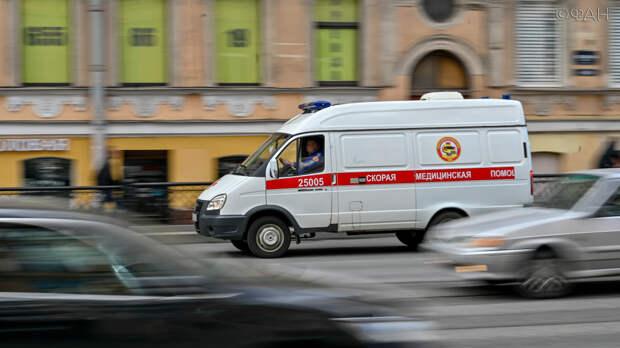 Иномарка насмерть сбила пенсионерку на пешеходном переходе в Петербурге