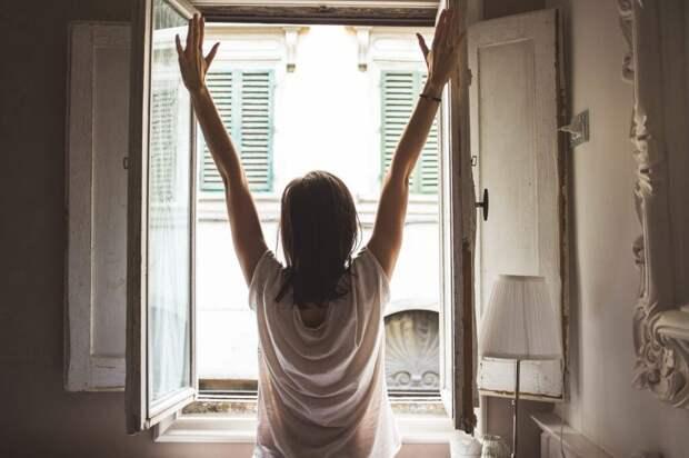 Как легко вставать по утрам: 8 полезных рекомендаций