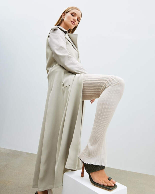 Рози Хантингтон-Уайтли в Gia Couture