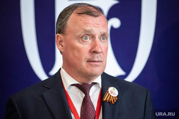 Мэр Екатеринбурга уехал наконсультации вдругой регион